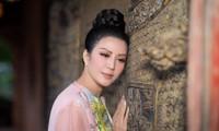 """""""Người con xứ Nghệ"""" Đinh Hiền Anh nhanh chóng có hành động giúp đỡ bà con vùng lũ"""