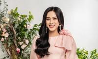 Nhờ vóc dáng chuẩn mà Hoa hậu Đỗ Thị Hà mặc phong cách nào cũng đẹp