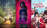 """Muốn trở thành phim Việt ăn khách nhất lịch sử, """"Bố già"""" phải vượt qua những cái tên nào?"""
