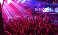 TP.HCM: Tạm dừng các dịch vụ karaoke, quán bar, vũ trường từ 18h chiều nay
