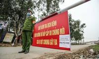 Công dân rời 'điểm nóng' Sơn Lôi: Rà soát, gọi điện mời trở về địa phương