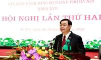 Bí thư Thành ủy Hà Nội Vương Đình Huệ phát biểu tại Hội nghị