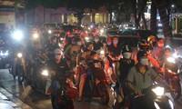 Hà Nội: Cảnh báo trả giá đắt vì 'biển người' đêm Trung thu