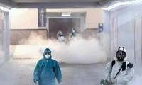 Xịt khử khuẩn tại sân bay