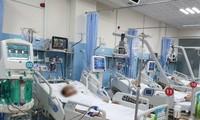 Nhiều bệnh nhân viêm tụy do bia rượu phải lọc máu tại BV Bình Dân (ảnh: BVCC)