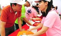 Tiền Phong Marathon 2019: Những 'thiên thần áo hồng'