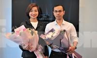 Nguyễn Thị Oanh và Lê Anh Tiến tại buổi giao lưu. Ảnh; Xuân Tùng