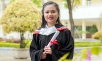 Gương mặt trẻ Việt Nam tiêu biểu năm 2019 Nguyễn Khánh Linh được hai trường đại học danh tiếng chào đón. Ảnh: NVCC