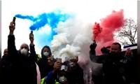Đối lập Pháp cáo buộc chính phủ không hiểu gốc rễ của bạo loạn