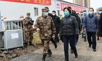 Phó thủ tướng Tôn Xuân Lan đi thị sát việc chống dịch của quân đội Trung Quốc