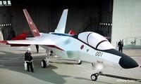 Nguyên mẫu chiến đấu cơ F-3 của Nhật Bản
