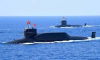 Tàu ngầm lớp Tấn của Trung Quốc trong một lần diễu binh ở biển Đông
