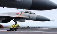 Cạnh tranh quân sự với Mỹ chắc chắn là một gánh nặng đối với nền kinh tế Trung Quốc