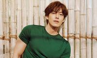 """Kim Woo Bin khiến hậu bối chạy dài với body """"đỉnh của chóp"""" trong bộ ảnh sau 4 năm bệnh"""