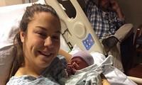 Điều kỳ lạ nhất thế giới: Người phụ nữ biết mình mang thai chỉ 30 phút trước khi sinh