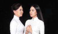 """Miss Ngôi sao Kim Phượng hạnh phúc sánh đôi cùng """"chị đại"""" trong Ngày của Mẹ"""