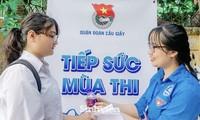 Hơn 80 nghìn thí sinh và người nhà được tiếp sức trong kỳ thi THPT 2020