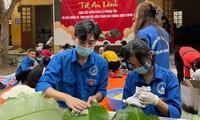 Hàng nghìn bánh chưng xanh gửi người dân và các lực lượng phòng chống dịch COVID-19