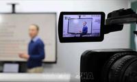 Sinh viên triển khai học trực tuyến trước diễn biến dịch COVID-19