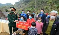 """Khởi công xây tặng """"Ngôi nhà 100 đồng"""" cho thanh niên Cao Bằng"""