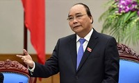 Thủ tướng yêu cầu kiểm tra việc bổ nhiệm 'người nhà' tại 9 địa phương