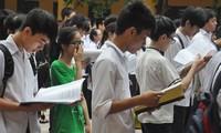 Học sinh thi vào lớp 10 của Hà Nội: Như ngồi trên đống lửa?