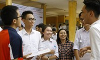 Những thí sinh đầu tiên trúng tuyển ĐH Ngoại thương, HV Bưu chính Viễn thông