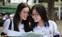 Những thí sinh đầu tiên đỗ Trường Đại học Dược Hà Nội
