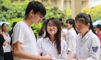 Điểm chuẩn lớp 10 các trường THPT công lập hai năm 2019 và 2020