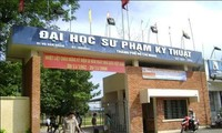 ĐH Sư phạm Kỹ thuật TP.HCM chuyển sang học trực tuyến vì có sinh viên diện F1