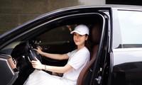 Sam nửa năm tậu 2 chiếc Mercedes, 30 tuổi đã nắm trong tay khối tài sản triệu đô