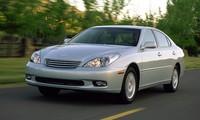 Lexus ES300 phiên bản năm 2002 được cho bị lỗi hàng ghế trước.
