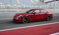 Porsche Panamera bị triệu hồi trên toàn cầu.