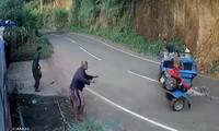 Máy kéo chở người mất lái và quay vong giữa dốc đèo