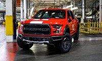 Ford đóng cửa hai nhà máy ở Mỹ