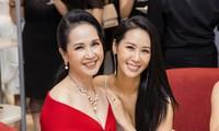 'Mẹ chồng' Lan Hương gây bất ngờ với trang phục trễ nải siêu gợi cảm