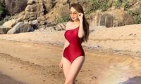 Hoa hậu Diễm Hương mặc áo tắm đỏ rực khoe đường cong uốn lượn nóng bỏng