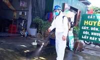 Phun hóa chất khử khuẩn ở Cát Tiên