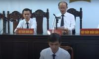 Thẩm phán từng mua dâm ngồi xử vụ án hiếp dâm