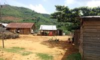 Nhiều người Mông sống bên trong ổ dịch xã Quảng Hòa