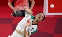 Vũ điệu trên sân cầu của tay vợt Nguyễn Thùy Linh ở Olympic Tokyo