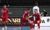 HLV Phạm Minh Giang tiết lộ 'doping' tinh thần giúp Việt Nam vào vòng 1/8 World Cup Futsal