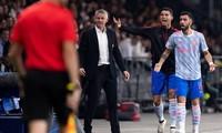 Ronaldo muốn treo giày ở M.U và theo nghiệp huấn luyện