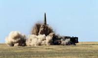 Sức mạnh tên lửa Iskander-M chĩa sang Trung Quốc