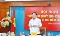 Đồng chí Phan Đình Trạc phát biểu tại buổi kiểm tra. - Ảnh: TTXVN