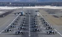 24 tiêm kích F-22 Mỹ tham gia cuộc tập trận 'voi đi bộ' độc đáo