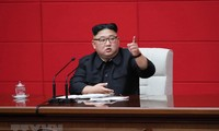 Nhà lãnh đạo Triều Tiên Kim Jong-un phát biểu trong phiên họp toàn thể lần thứ 4 Ủy ban Trung ương Đảng Lao động Triều Tiên tại Bình Nhưỡng ngày 10/4/2019. (Ảnh: AFP/TTXVN)