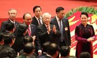 Tổng Bí thư, Chủ tịch nước cùng các đại biểu trong phiên họp trù bị Đại hội XIII của Đảng