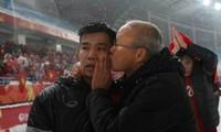Văn Thanh tiết lộ nhắn nhủ của thầy Park với các trò giữa trận chung kết