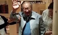 Kim Dung trong ngày sinh nhật 90 tuổi.